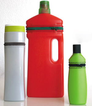 洗衣液瓶子废物利用小汽车制作方法